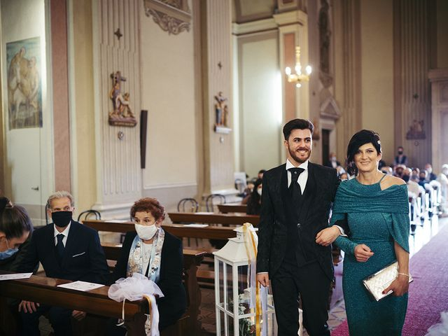Il matrimonio di Mattia e Laura a Torbole Casaglia, Brescia 27