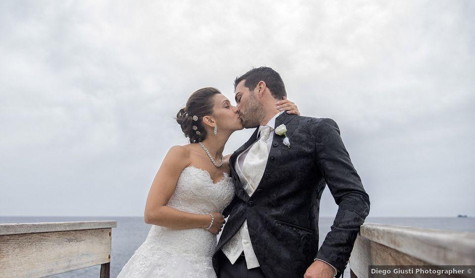 Il matrimonio di Stefano e Cristina a Porto Azzurro, Livorno