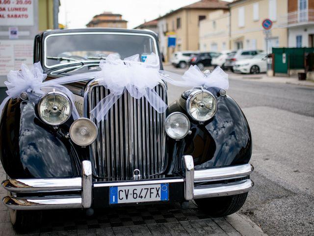 Il matrimonio di Fabrizio e Arianna a Fano, Pesaro - Urbino 20