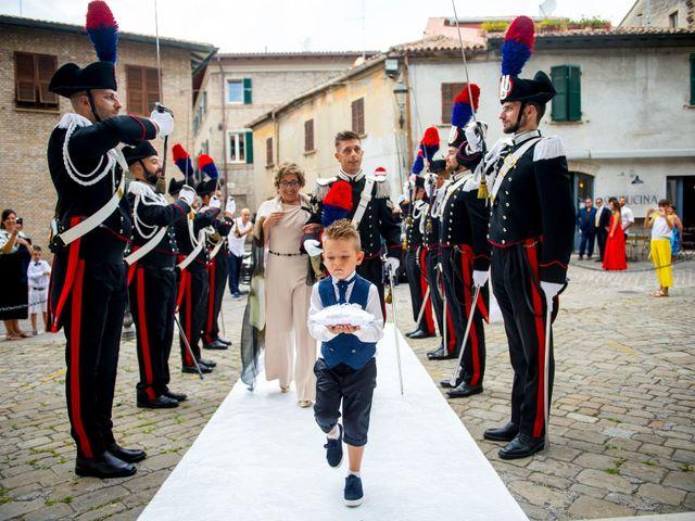 Il matrimonio di Fabrizio e Arianna a Fano, Pesaro - Urbino 31