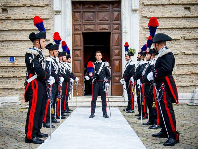 Il matrimonio di Fabrizio e Arianna a Fano, Pesaro - Urbino 32