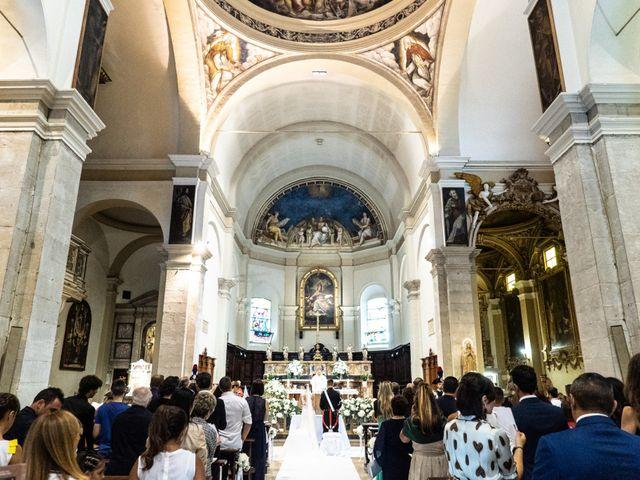 Il matrimonio di Fabrizio e Arianna a Fano, Pesaro - Urbino 38