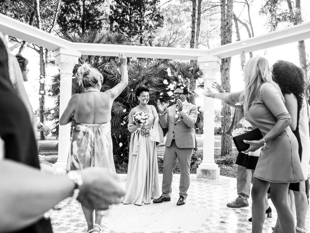 Il matrimonio di Dirk e Kateline a Francavilla Fontana, Brindisi 97