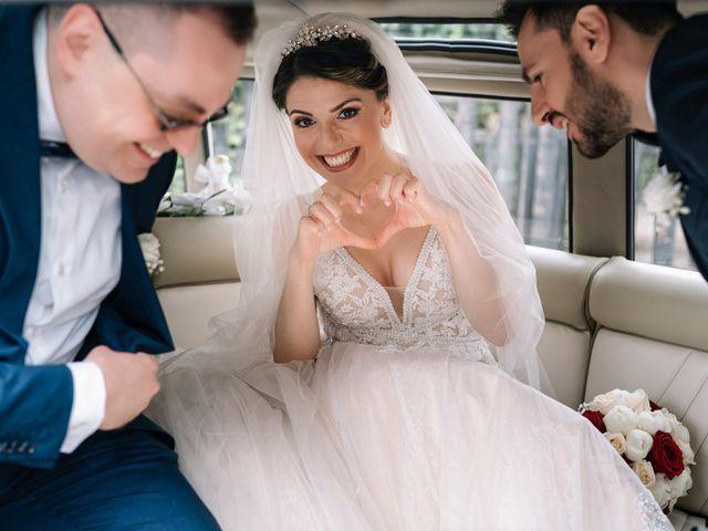 Il matrimonio di Lorena e Roberto a Napoli, Napoli 19