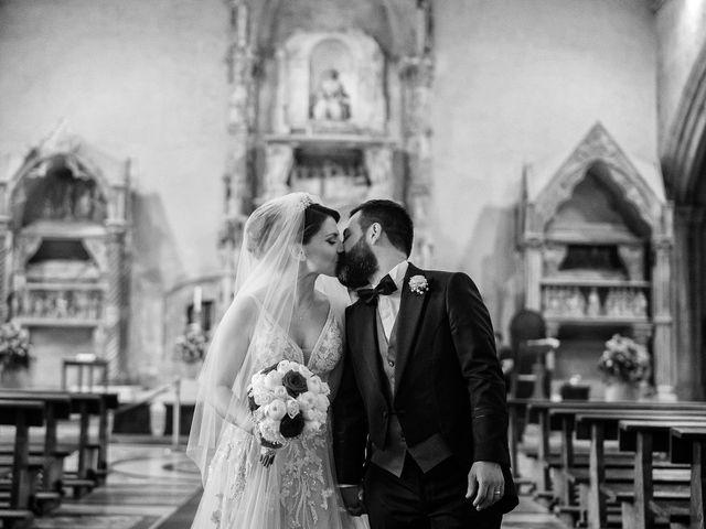 Il matrimonio di Lorena e Roberto a Napoli, Napoli 28
