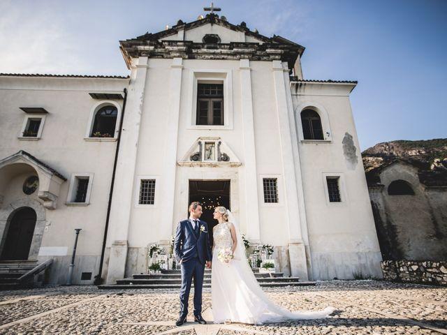 Il matrimonio di Cristian e Antonella a Faicchio, Benevento 17