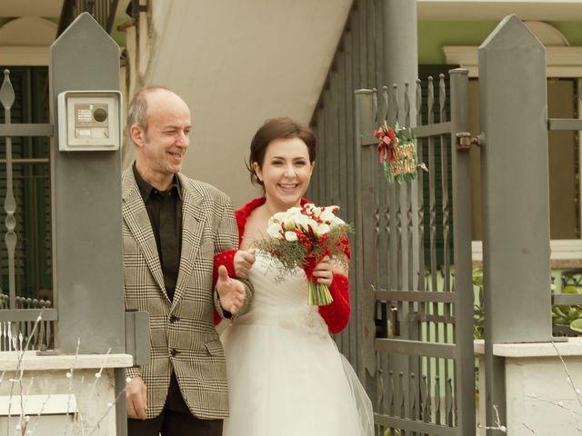 Il matrimonio di Daniele e Eleonora a Montecosaro, Macerata 6