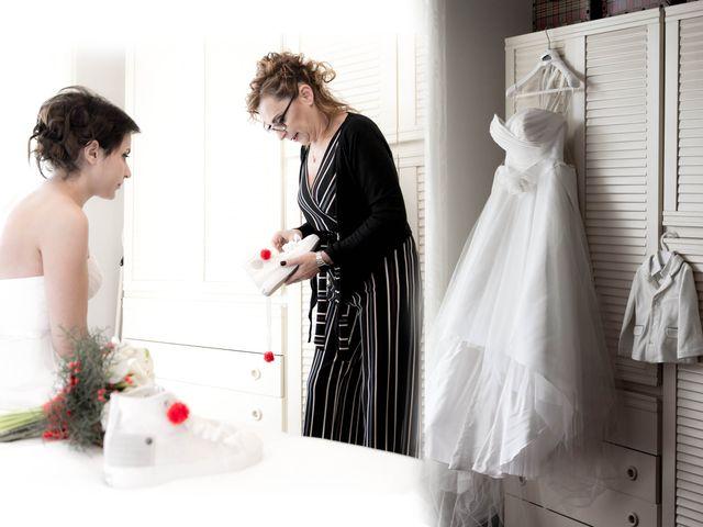 Il matrimonio di Daniele e Eleonora a Montecosaro, Macerata 8