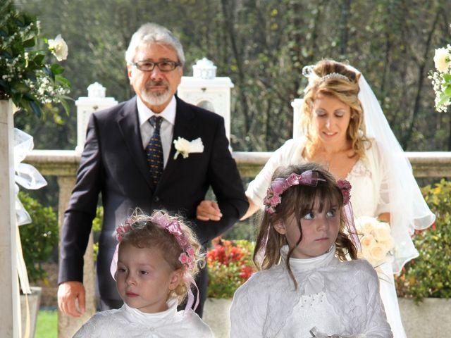Il matrimonio di Mirco e Stefania a Triuggio, Monza e Brianza 16