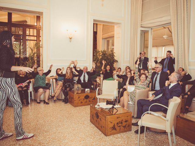 Il matrimonio di Marco e Sara a Viareggio, Lucca 59