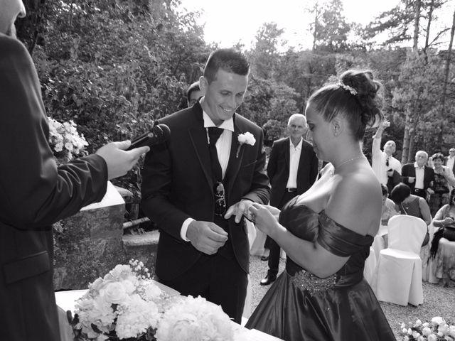 Il matrimonio di Stefano e Sara a Gropparello, Piacenza 7