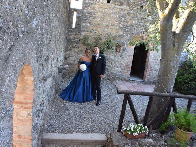 Il matrimonio di Stefano e Sara a Gropparello, Piacenza 12