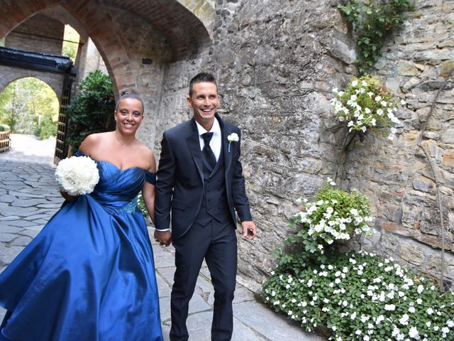 Il matrimonio di Stefano e Sara a Gropparello, Piacenza 23