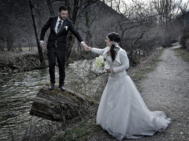 Il matrimonio di Domenico e Teresa a Villetta Barrea, L'Aquila 34