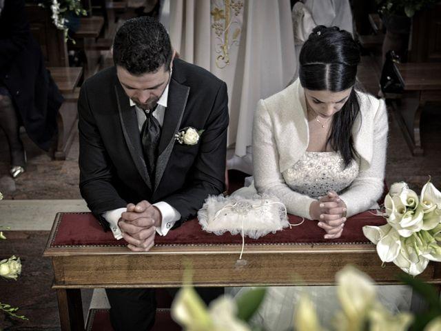 Il matrimonio di Domenico e Teresa a Villetta Barrea, L'Aquila 23