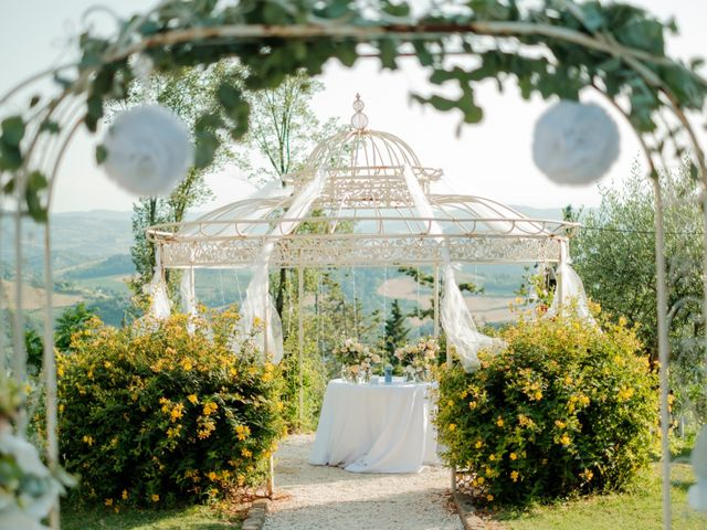 Il matrimonio di Laila e Edy a Monte San Pietro, Bologna 5