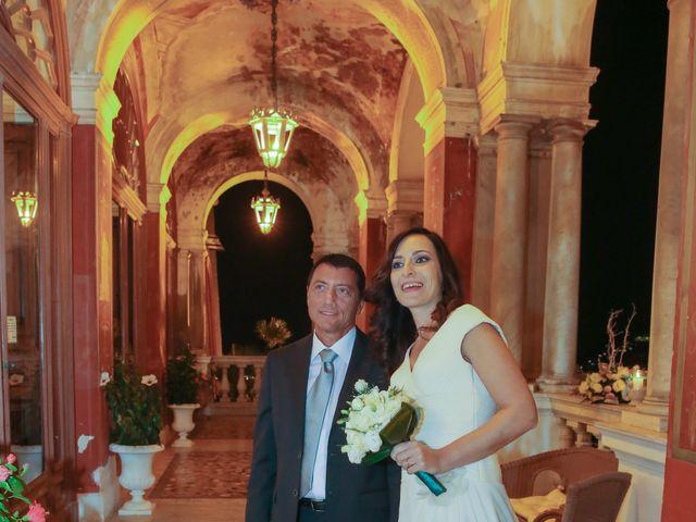 Il matrimonio di Fabrizio e Alessandra a Napoli, Napoli 13