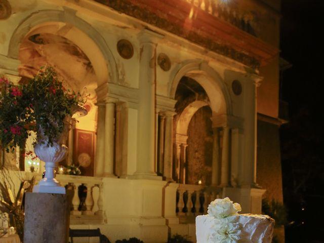 Il matrimonio di Fabrizio e Alessandra a Napoli, Napoli 14