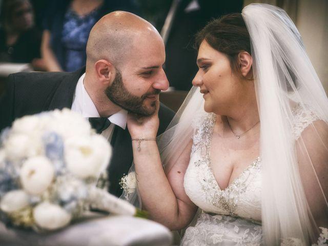 Il matrimonio di Giovanni e Donatella a Marigliano, Napoli 15