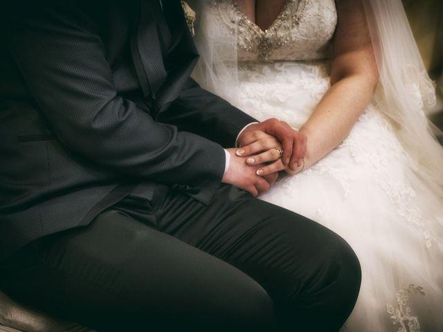 Il matrimonio di Giovanni e Donatella a Marigliano, Napoli 19