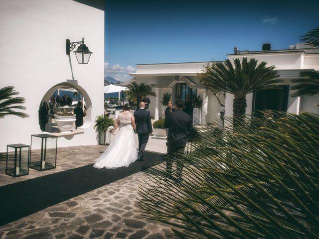 Il matrimonio di Giovanni e Donatella a Marigliano, Napoli 34