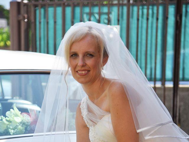 Il matrimonio di Alex e Lucia a Malgrate, Lecco 8