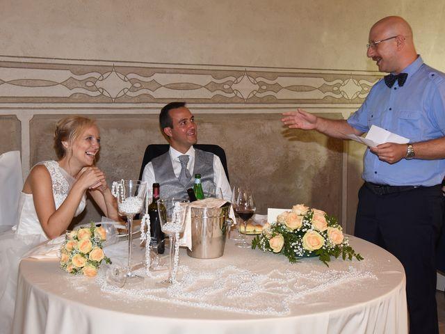 Il matrimonio di Alex e Lucia a Malgrate, Lecco 19