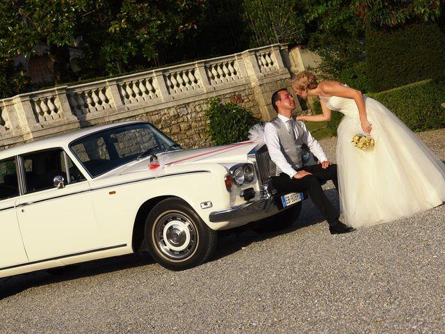 Il matrimonio di Alex e Lucia a Malgrate, Lecco 25