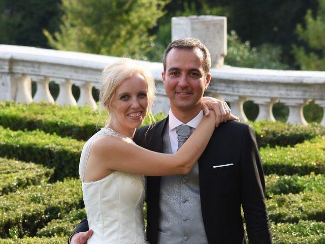 Il matrimonio di Alex e Lucia a Malgrate, Lecco 27