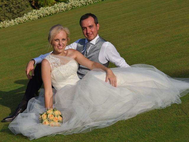 Il matrimonio di Alex e Lucia a Malgrate, Lecco 35