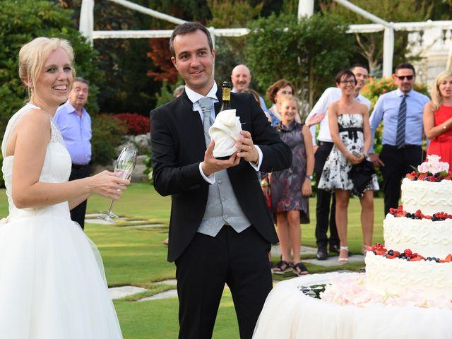 Il matrimonio di Alex e Lucia a Malgrate, Lecco 39