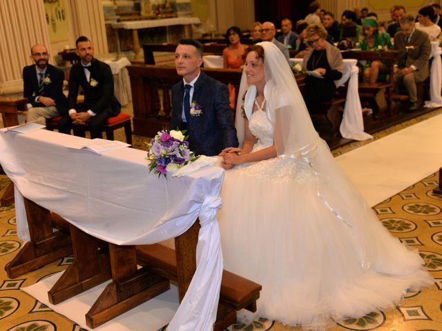 Il matrimonio di Gianbattista e Adriana a Lonato del Garda, Brescia 18