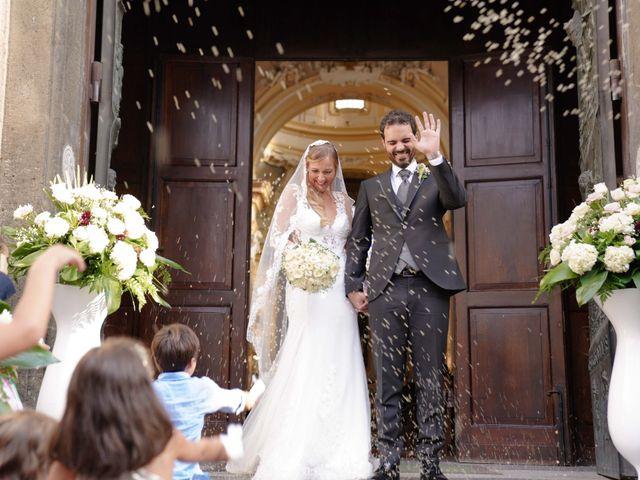 Il matrimonio di Luigi e Filomena a Bacoli, Napoli 25