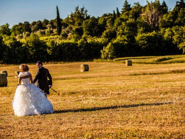 Il matrimonio di Elena e Cristian a Foiano della Chiana, Arezzo 85
