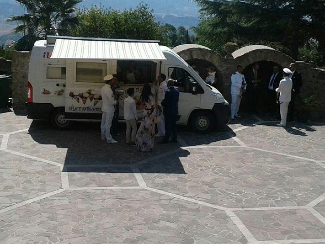 Il matrimonio di Giuseppe e Francesca a Belvedere di Spinello, Crotone 24