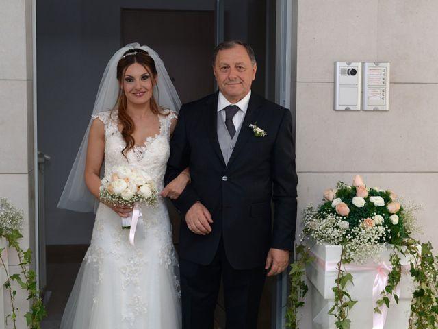 Il matrimonio di Michelangelo e Cinzia a Mola di Bari, Bari 15