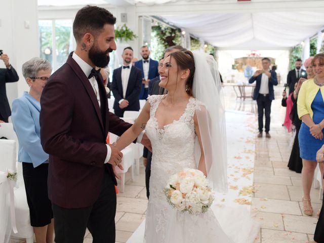 Il matrimonio di Michelangelo e Cinzia a Mola di Bari, Bari 20