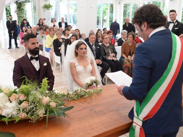 Il matrimonio di Michelangelo e Cinzia a Mola di Bari, Bari 22
