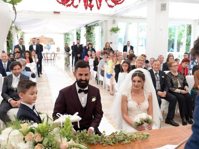 Il matrimonio di Michelangelo e Cinzia a Mola di Bari, Bari 26
