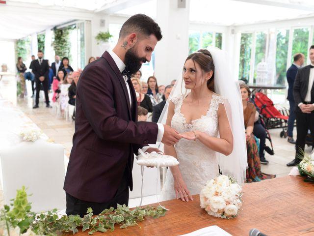 Il matrimonio di Michelangelo e Cinzia a Mola di Bari, Bari 27
