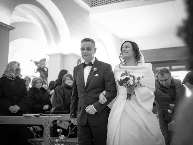 Il matrimonio di Gianni e Carmina a Apice, Benevento 15