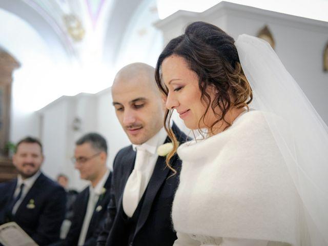 Il matrimonio di Gianni e Carmina a Apice, Benevento 17