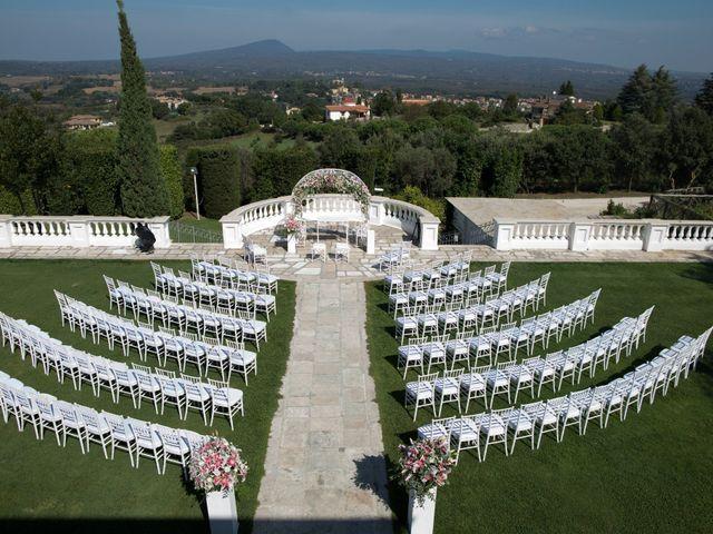 Il matrimonio di Luca e Claudia a Bassano Romano, Viterbo 14