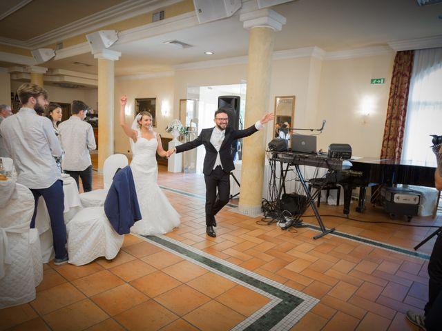 Il matrimonio di Jaivier e Martina a Grottammare, Ascoli Piceno 28