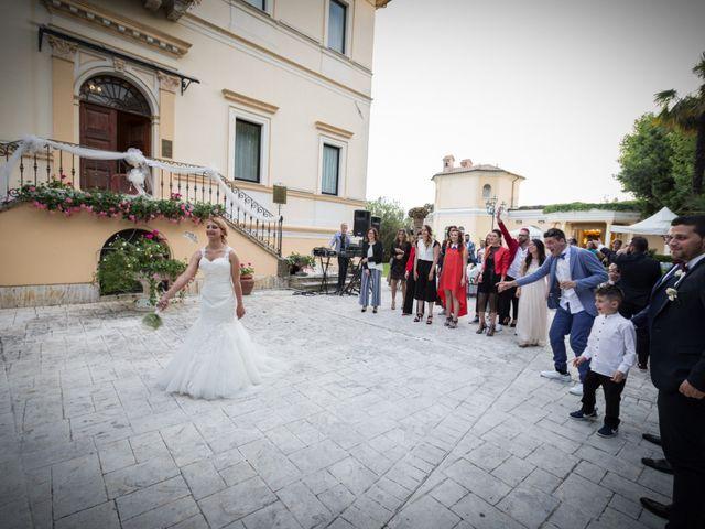 Il matrimonio di Jaivier e Martina a Grottammare, Ascoli Piceno 30