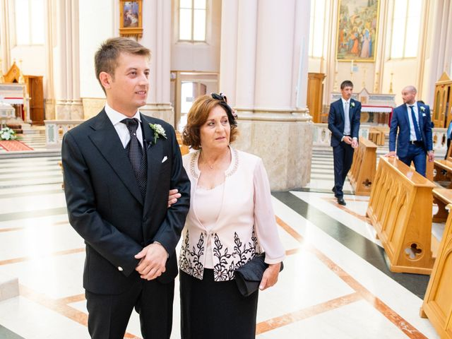 Il matrimonio di Gianmarco e Marialetizia a Castelpetroso, Isernia 22
