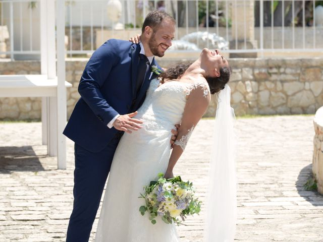 Il matrimonio di Nicola e Paola a Monopoli, Bari 17