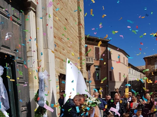 Il matrimonio di Gianluca  e Gloria a Penna San Giovanni, Macerata 3