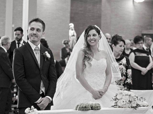 Il matrimonio di Marco e Ramona a Porto Sant'Elpidio, Fermo 39