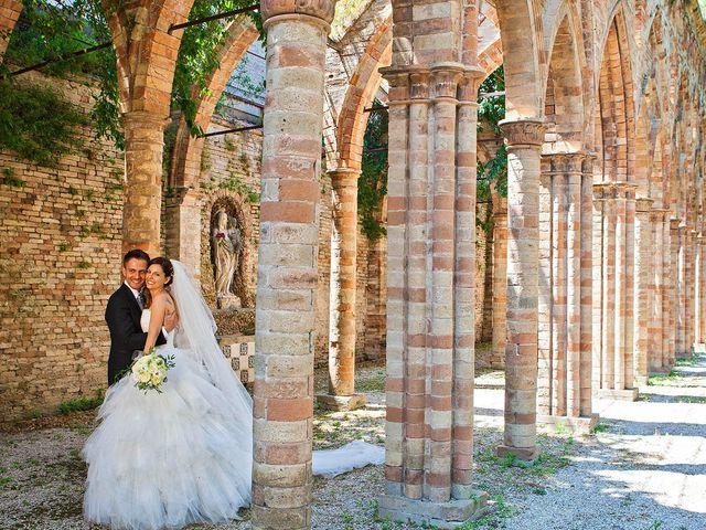 Il matrimonio di Marco e Ramona a Porto Sant'Elpidio, Fermo 56